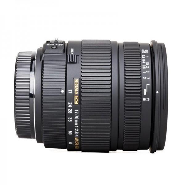 Sigma 17-70mm F2.8-4 DC Macro HSM