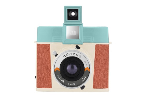 "Lomography Diana Instant Square ""Adriano Edition"""