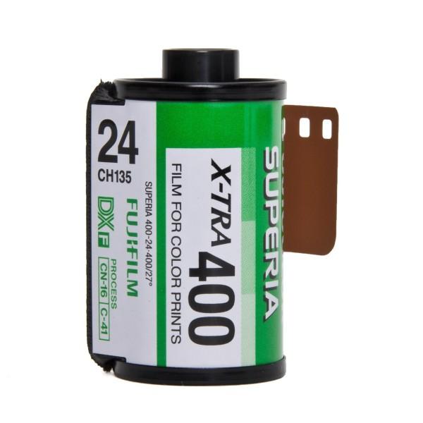 Fujifilm Superia X-TRA 400 135-24
